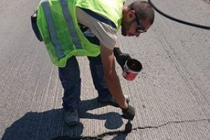 reparacija na asfaltni puknatini 2